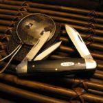 casey trapper black pocket knife